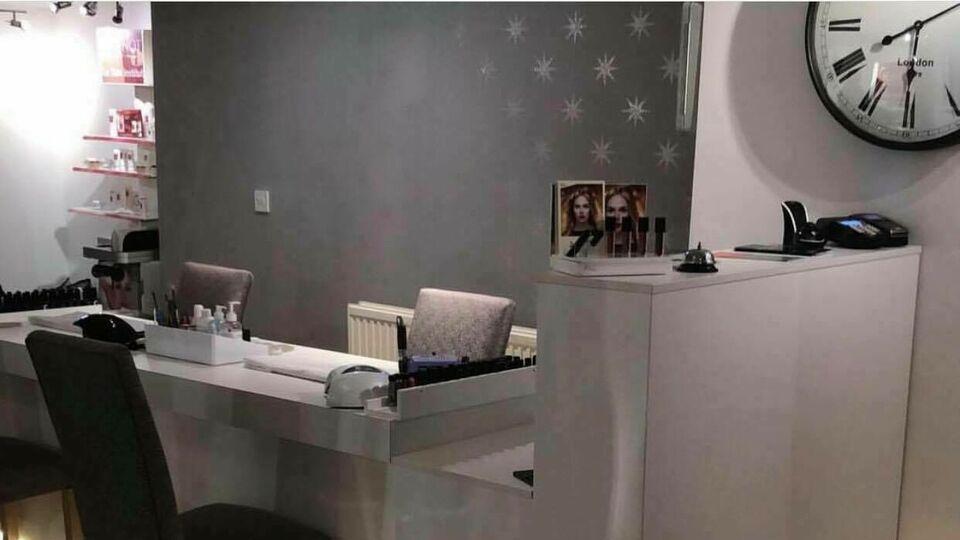 The Lounge Nail & Beauty