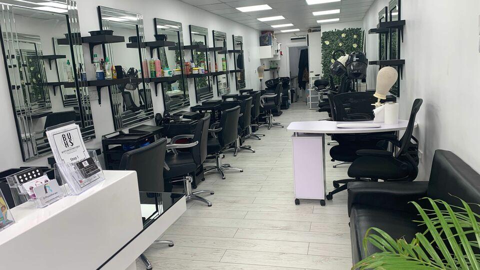 Betty's Unisex Hair Studio