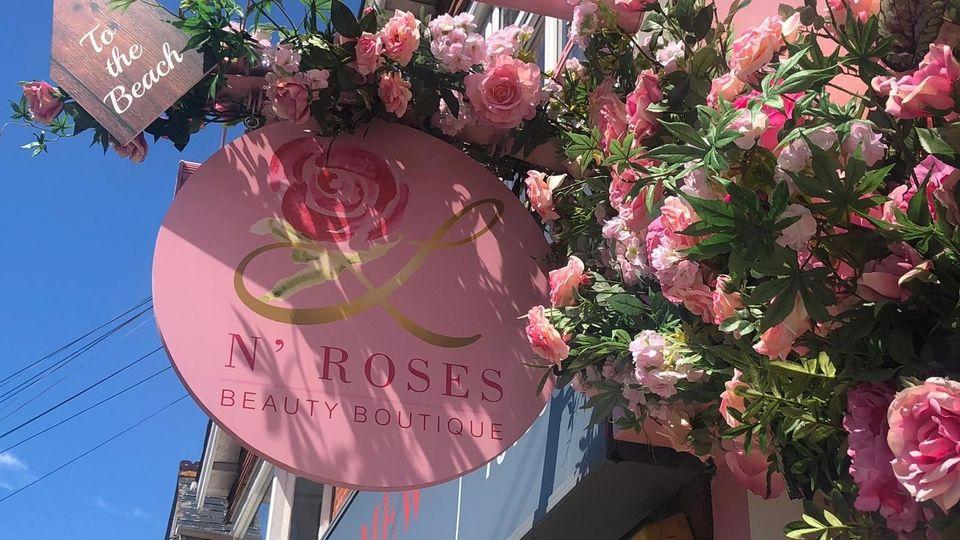 L N' Roses