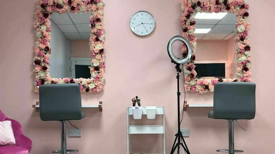 Olivia's salon
