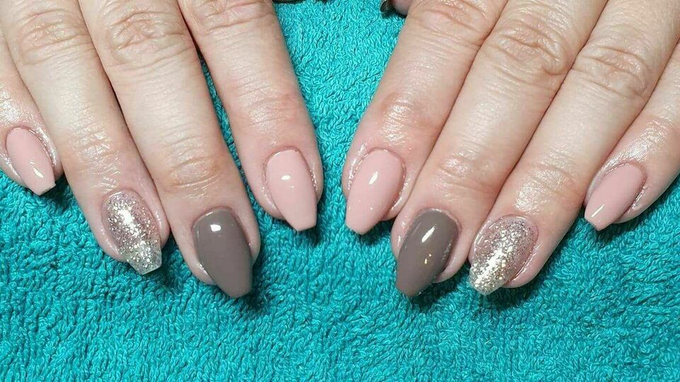 Lushness Nails by Lea