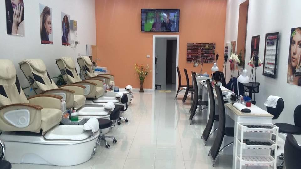 Holy Hair Nails & Beauty Salon