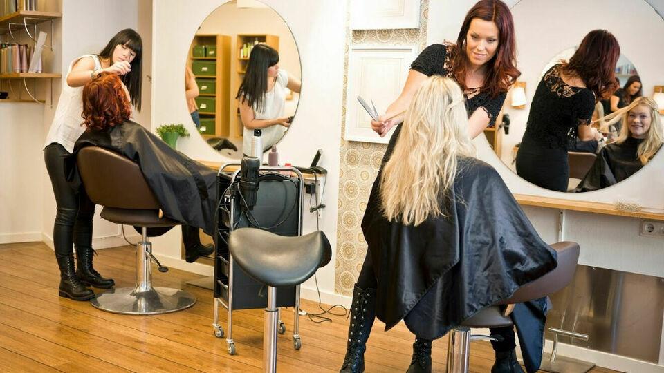Demi International Beauty Academy | Wednesday Bookings
