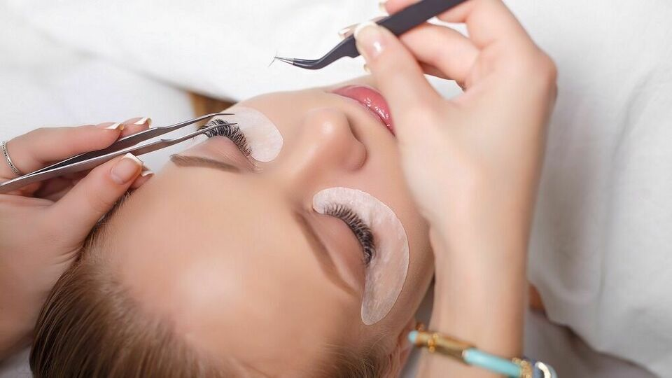 Lash Out Lounge & Spa Inc