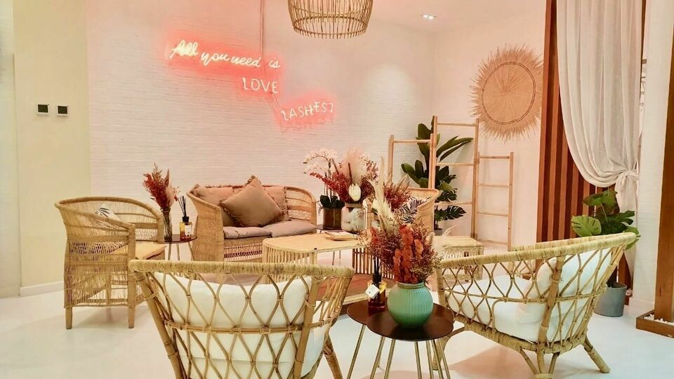 Beauty Chic Salon Lounge