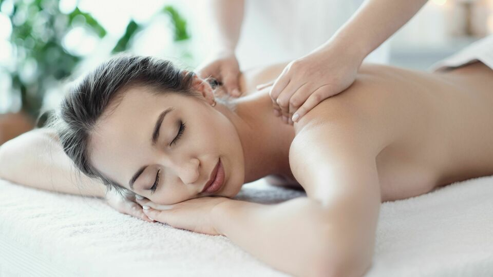 Re Laks' Massage