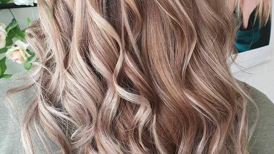 Unique Hair by Tay Thomas