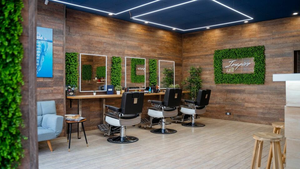 "Inspire ""the salon"" 👨🏻‍🎨"