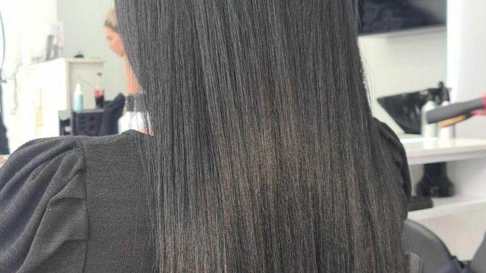 Luxo Hair & Beauty