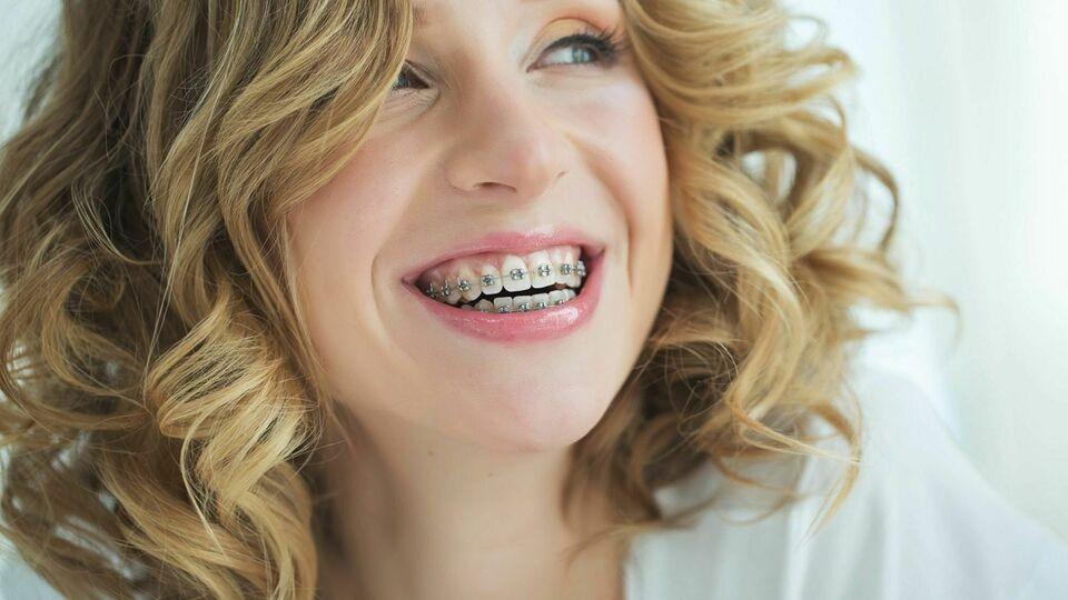 HS Brackets Ortodoncia Especializada & Dental General